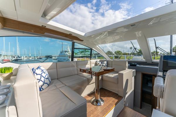Cruisers 50 Cantius 2018 Yachtsea
