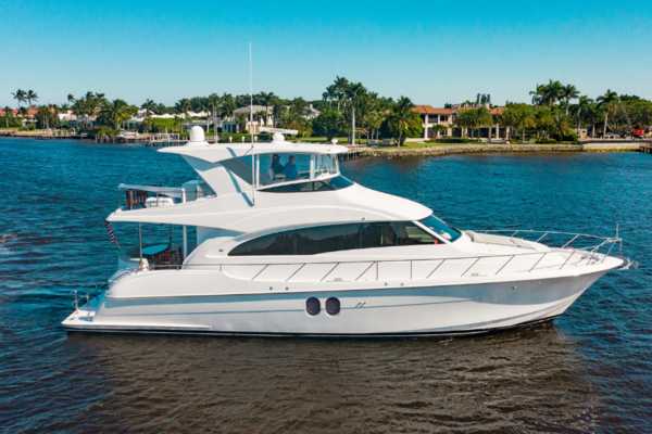 60' Hatteras 60 Motor Yacht 2015 | Uncle