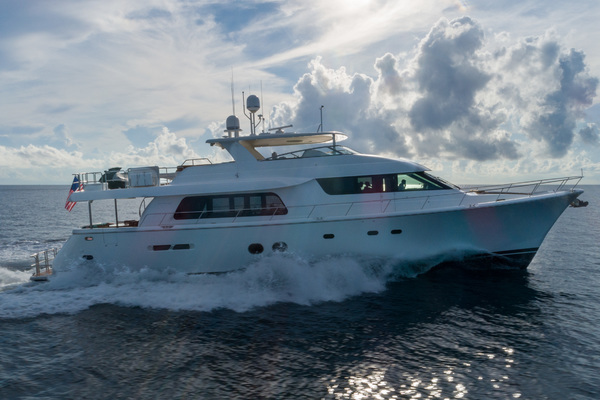 85' Pacific Mariner  2013 | Seas The Moment