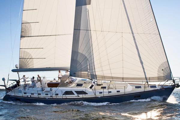 69' Hylas 70 Centerboard Cruiser 2007 | Amante