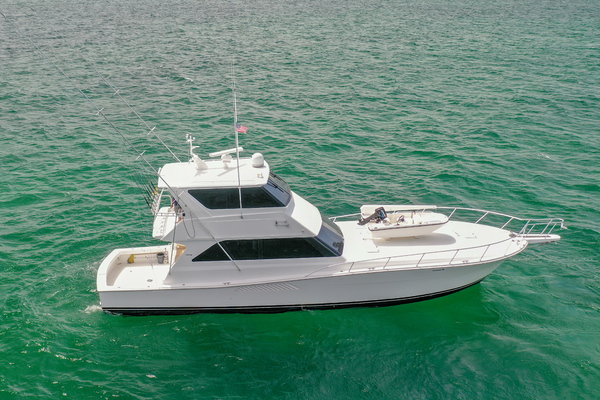 58' Viking Enclosed Bridge 1999 |