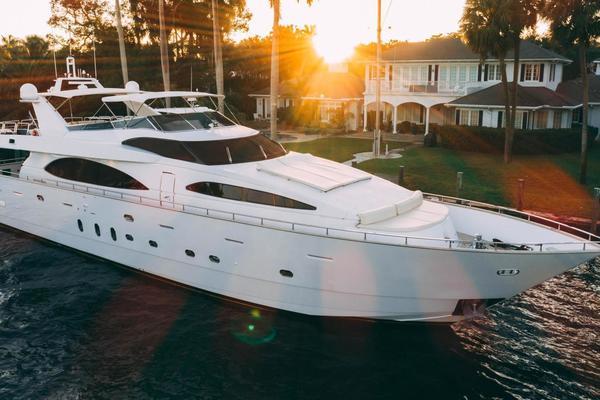 100-ft-Azimut-2006-Jumbo-Cristales Fort Lauderdale Florida United States  yacht for sale