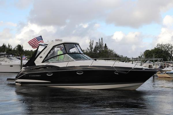 34-ft-Monterey-2014-340 Sport Yacht-Hakuna Matata Fort Lauderdale Florida United States  yacht for sale