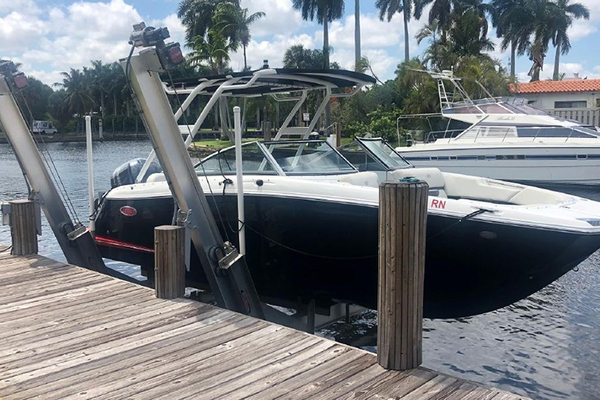 25-ft-Cobalt-2018-25 SC- Palm Beach Florida United States  yacht for sale