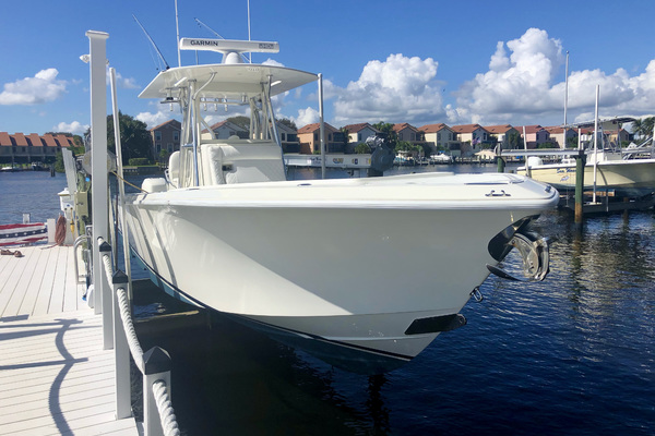 32-ft-SeaVee-2017-320Z-Knot A' Dala Jupiter Florida United States  yacht for sale
