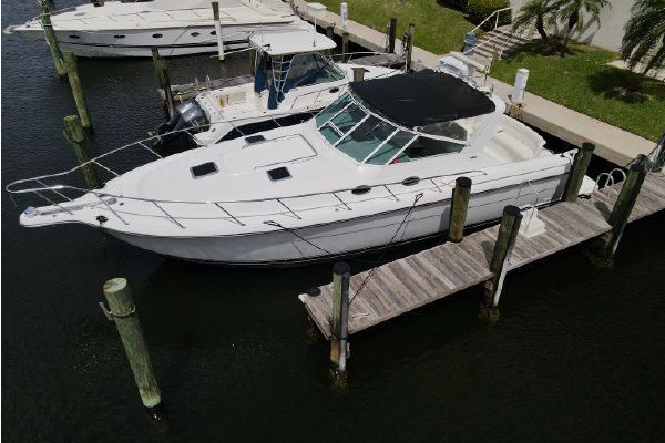 40-ft-Tiara Yachts-2001-4000 Express Cummins Engines- Boca Raton Florida United States  yacht for sale