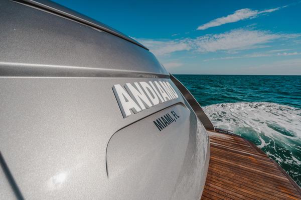 2015 Pershing 70 Motor Yacht  Andiamo  Main Profil