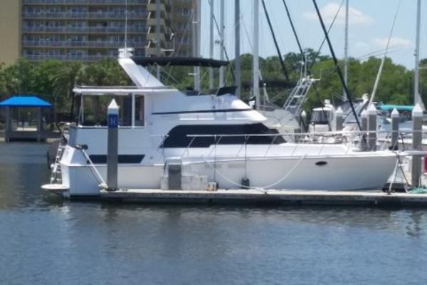 42' Pace Motor Yacht 1990 | Absolute Soluion