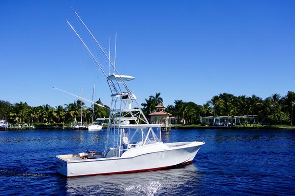 33-ft-L&H-1994-33 Walkaround Sportfish-Munequita Stuart Florida United States  yacht for sale