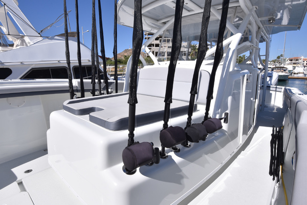 2015 Yellowfin 42 Center Console  Tejas  Helm