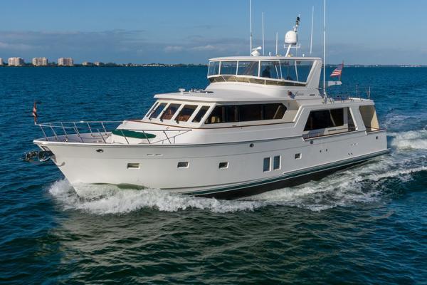 65' Offshore Yachts  2009 | Lestique