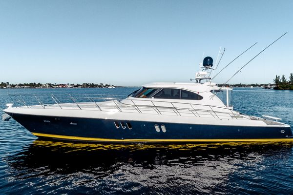 62' Mckinna Express Sport 2009 | Day By Day
