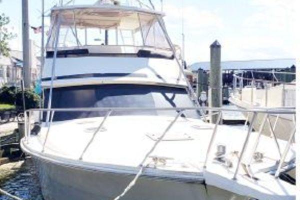 53' Viking 53 Convertible 1990 | Reel Nauti