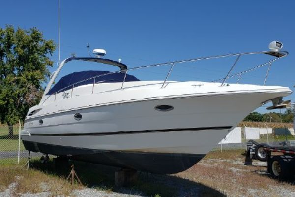 36' Cruisers Yachts 3470 Express 2001 | Little Giant
