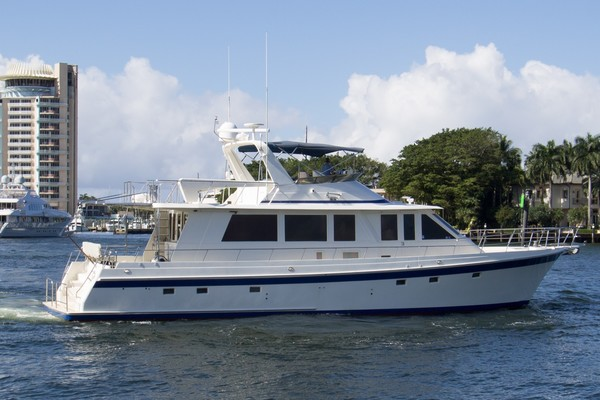 Offshore Yachts Flushdeck