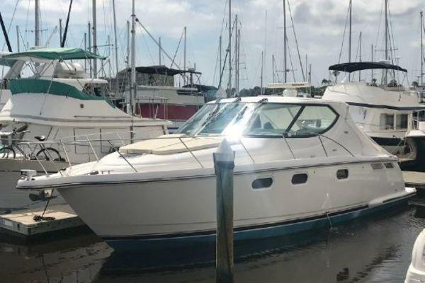 39-ft-Tiara Yachts-2008-39 Sovran-Triton Daytona Beach Florida United States  yacht for sale