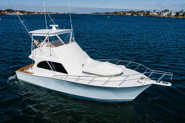42-ft-Post-2001-42 CONVERTIBLE-Blue Fin Lantana Florida United States  yacht for sale