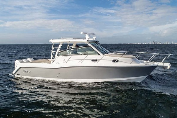 34' Boston Whaler 345 Conquest 2018 | Happy Hours