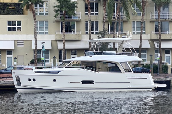 49' Greenline 48 Fly 2021 |