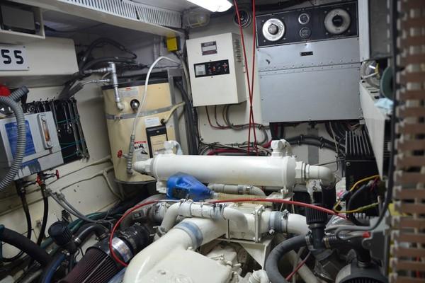 1980Hatteras 60 ft Cockpit Motor Yacht   Buena Vida