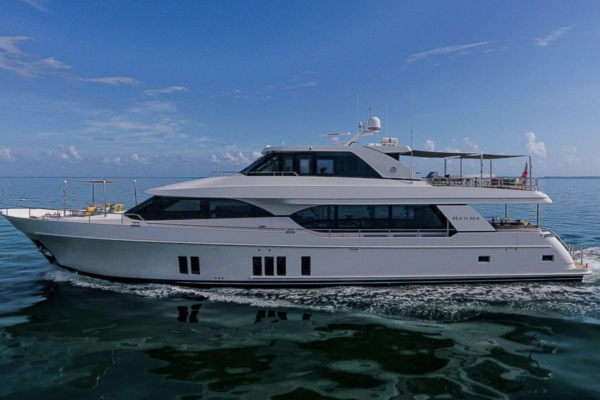 100-ft-Ocean Alexander-2016-100 Skylounge-Sea N Sea Naples Florida United States  yacht for sale