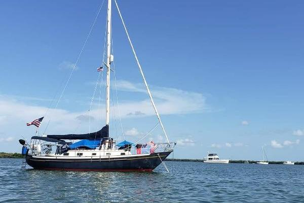 34-ft-Pacific Seacraft-1991-crealock 34- St. Petersburg Florida United States  yacht for sale