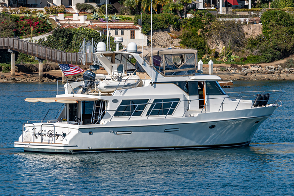 Picture Of: 54' Symbol 52 2000 Yacht For Sale | 2 of 64