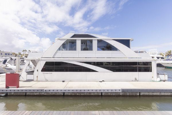 55-ft-Destination-2016-55 Condo Series Houseboat-No Name 55 Condo Series Houseboat Dania Beach Florida United States  yacht for sale