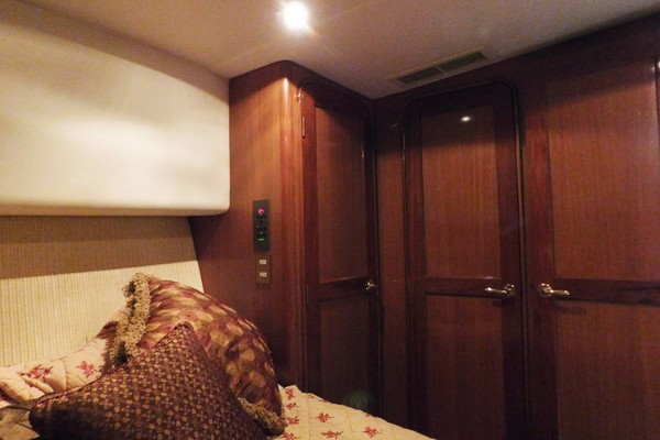 Salon LShaped Sofa Port With Rod Storage
