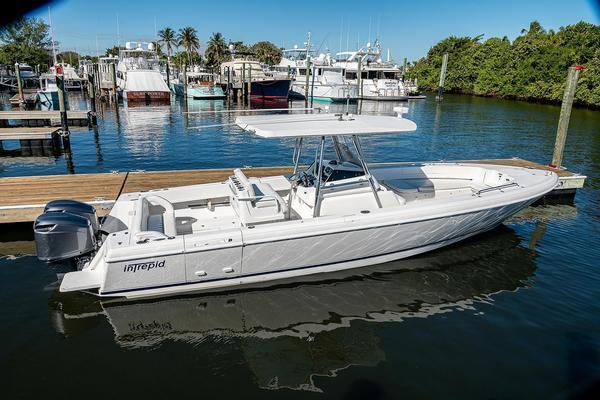 32-ft-Intrepid-2005-- Jupiter Florida United States  yacht for sale