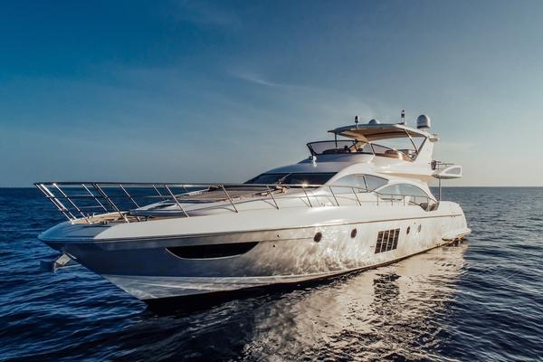 70-ft-Azimut-2015-70  Flybridge- Aventura Florida United States  yacht for sale