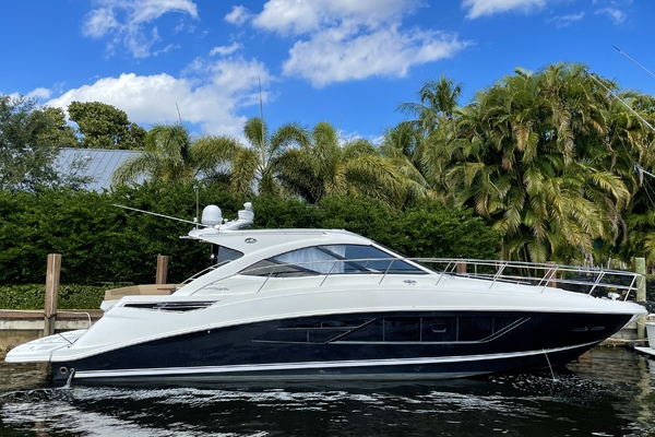 51' Sea Ray 510 Sundancer 2015 |