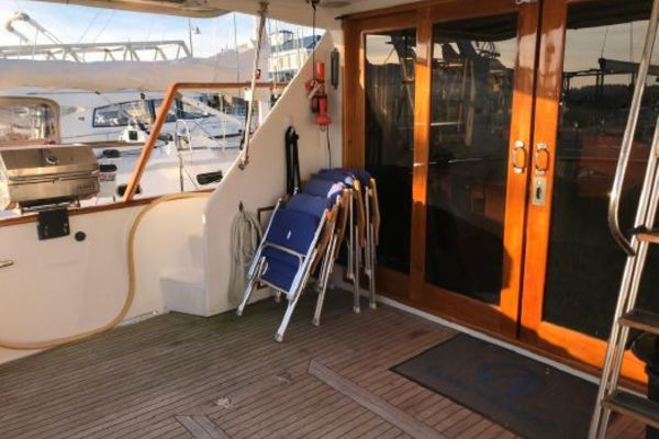 Picture Of: 52' Ocean Alexander 50 Mark II 1988 Yacht For Sale | 4 of 27