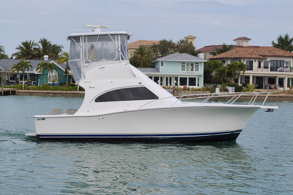 36' Luhrs 36 Convertible 2005 | Tight Lines