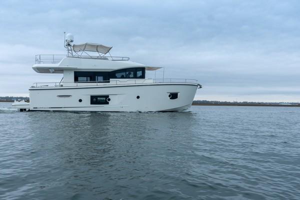 56' Cranchi Eco Trawler 2018 | Bev Van