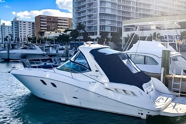 35' Sea Ray 330 Sundancer 2008 |