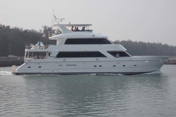 87-ft-President-2020-870 Tri Deck LRC-Loretta Stuart Florida United States  yacht for sale