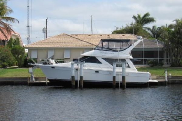 46' Bayliner  1996 | Perfect Lady