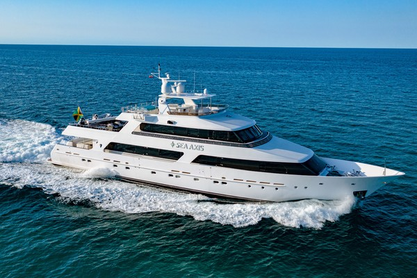 125' Heesen Tri-deck 1986 | Sea Axis