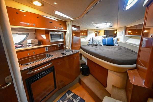 2013Sea Ray 33 ft 330 Sundancer   Sea E O Ready