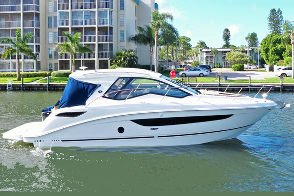 35' Sea Ray 350 Coupe 2018 | Magnolia