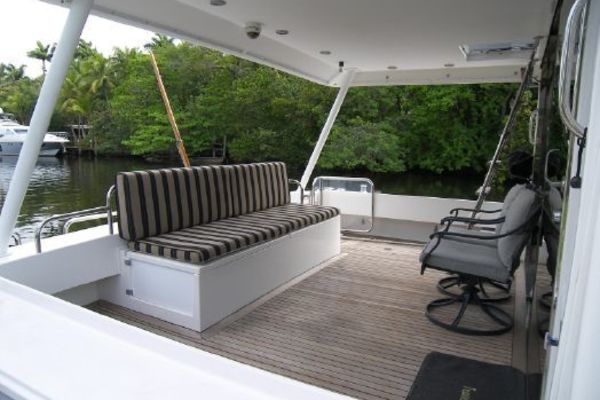 Picture Of: 65' Pacific Mariner Motor Yacht 2000 Yacht For Sale | 3 of 53