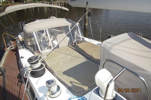 47 Swan at anchor