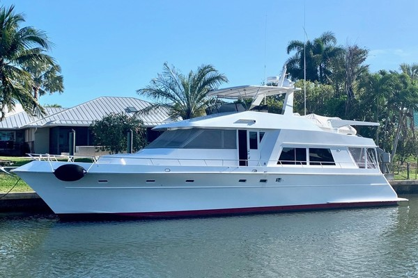 64' Huckins Motoryacht 1996 | Cortina