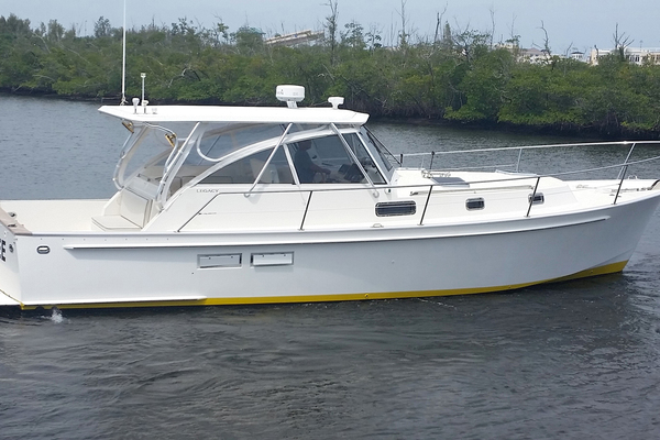 40' Legacy 40 Express 1997 | Killer Bee