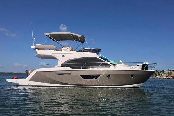 42' Sessa F  42 Fly 2020 | New Seas