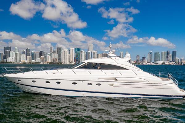 66' Princess V65 2002 | Sea Miami