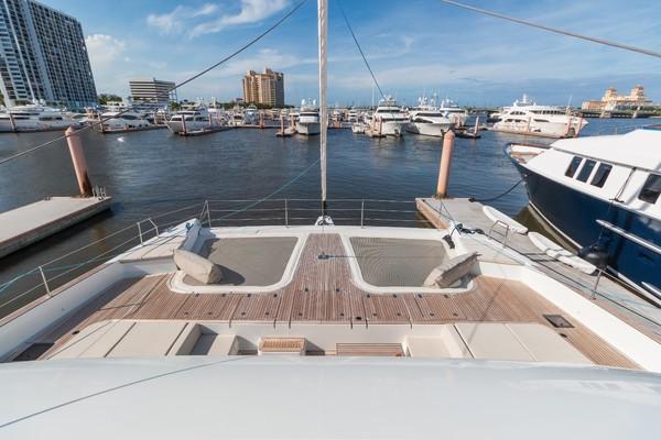 Port Stern Profile