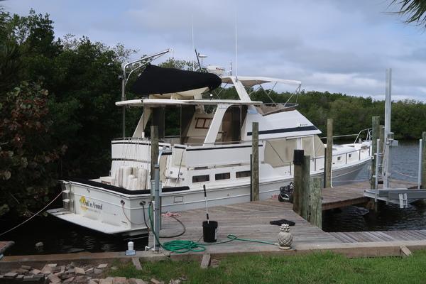 48' Offshore Yachts Yachtfish 1997 | Crull N Around