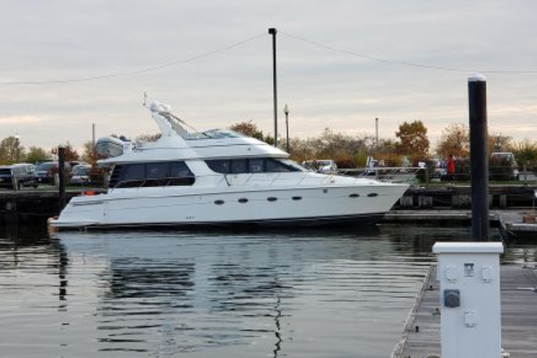 53' Carver 530 Voyager Pilothouse 2000 | Here's The Thing